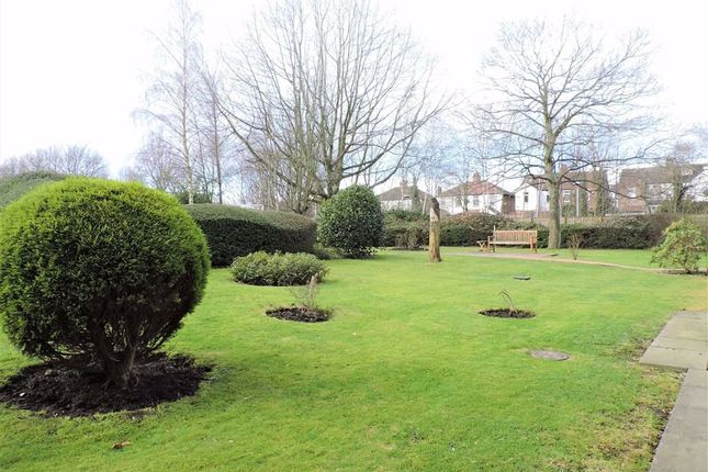 Communal Gardens of Acorn Close, Burnage, Manchester M19