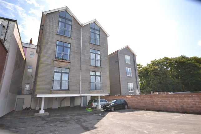 Thumbnail Flat for sale in Flat 3, 11 Paget Road, Barry Island