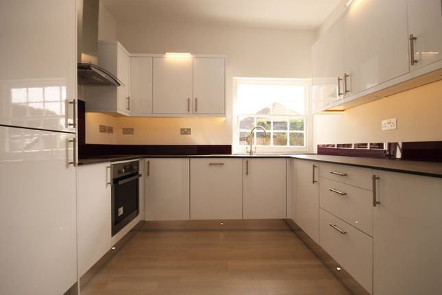 Thumbnail Flat to rent in St. James Industrial Estate, Westhampnett Road, Chichester