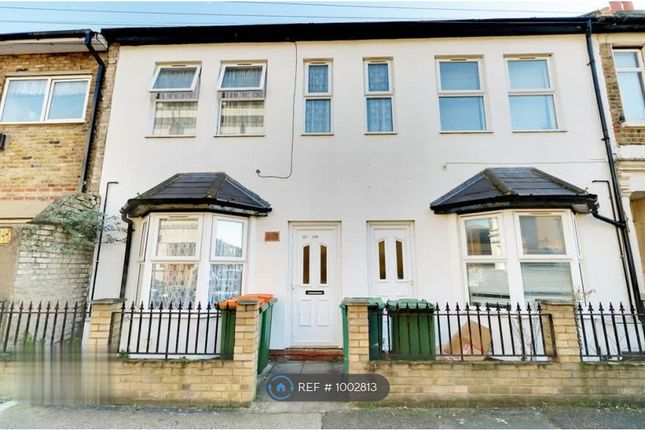 1 bed flat to rent in Tower Hamlets Road, London E7