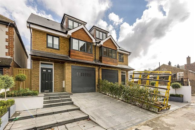 4 bed property for sale in Elmfield Avenue, Teddington