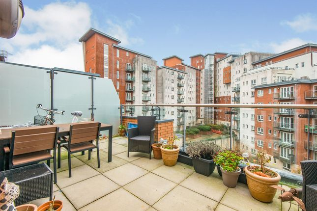 1 bed flat for sale in Lower Canal Walk, Southampton SO14