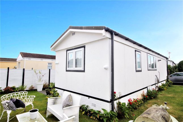 Picture No. 01 of Meadowlands, Addlestone, Surrey KT15