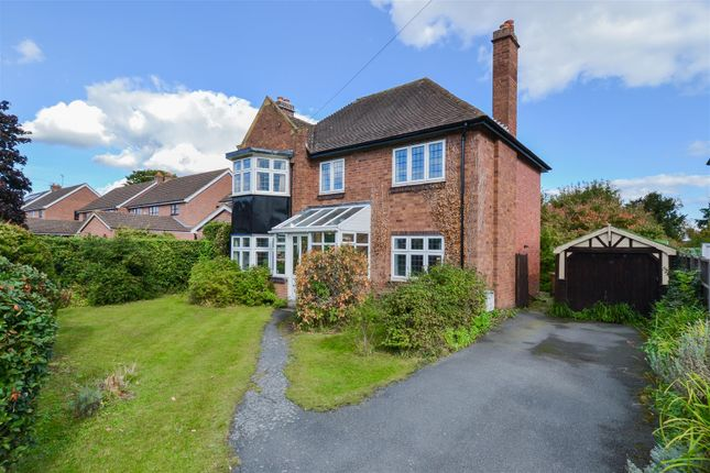 Thumbnail Detached house for sale in Geraldine Road, Malvern