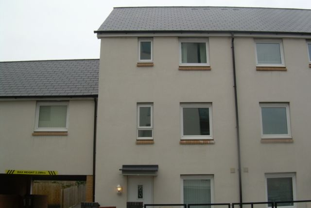 Thumbnail Town house to rent in Phoebe Road, Copper Quarter, Swansea.