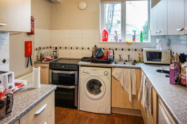 Kitchen of Tapton House Road, Sheffield S10
