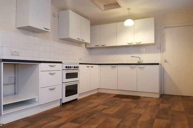 Thumbnail Maisonette to rent in Melville Street, Sandown