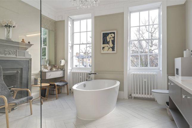 Bathroom of Colebrooke Row, London N1