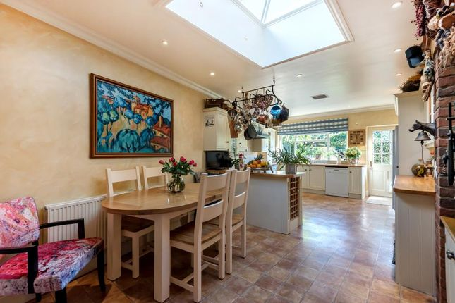 Thumbnail Detached house for sale in Holders Hill Road, Finchley, London