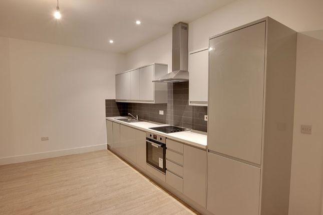 1 bed flat to rent in Pavilions Court, Windsor Road, Trowbridge BA14