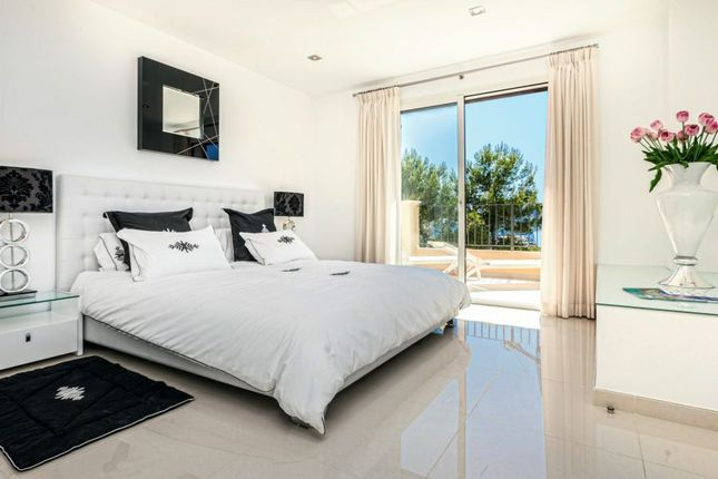 3 bed apartment for sale in Andraitx, Spain