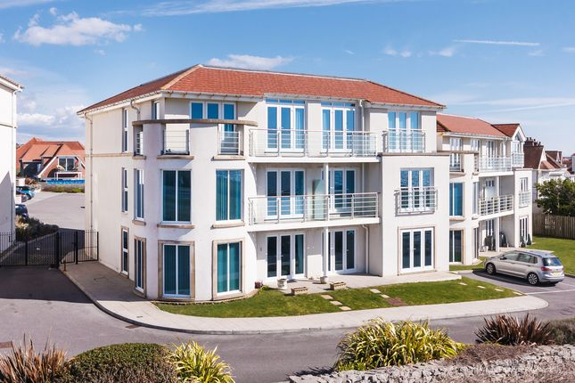 Thumbnail Flat for sale in Penthouse Apartment, Locks Lodge, Locks Common Road, Porthcawl