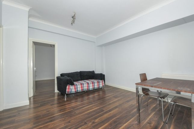 2 bed flat to rent in Euston Road, London