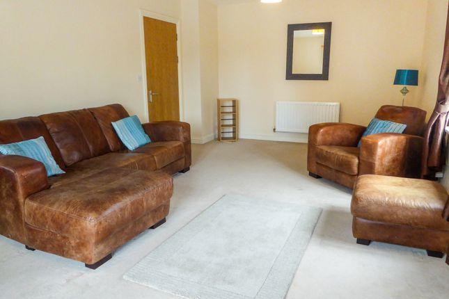 Thumbnail Flat to rent in Skippetts Gardens, Basingstoke