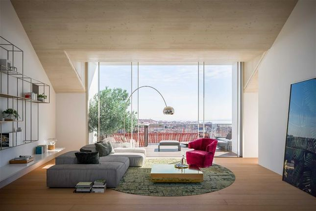 4 bed apartment for sale in Lisboa, Lisboa, Portugal