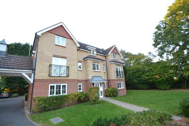 Thumbnail Flat for sale in St. Dominic Close, Farnborough
