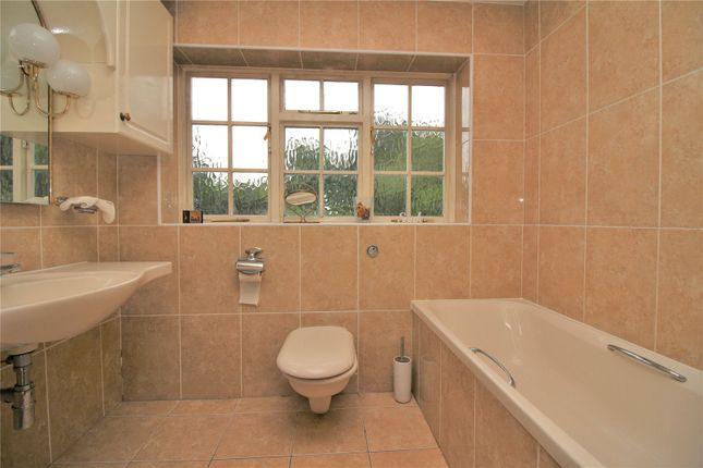 Picture No. 11 of Hertford Road, Barnet EN4