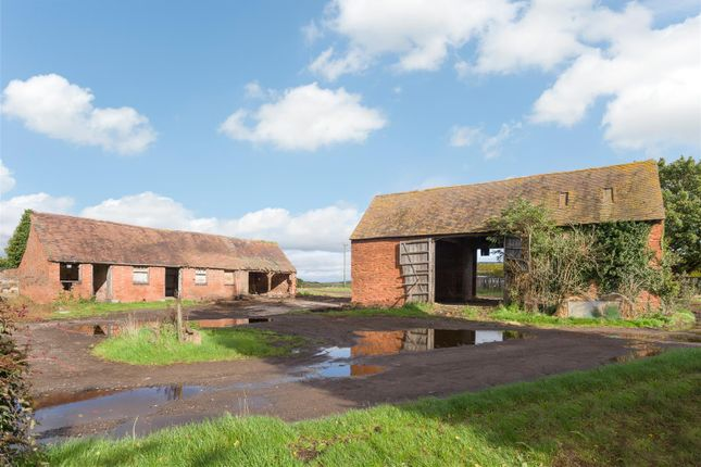 Thumbnail Land for sale in Dunnington, Alcester