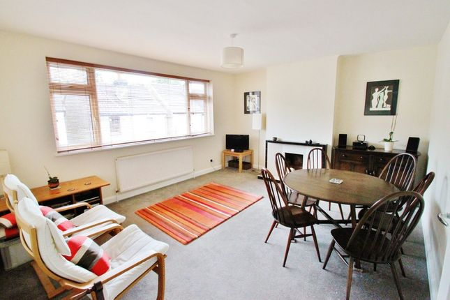 Thumbnail Maisonette to rent in Brunel Road, Woodford Green, Essex