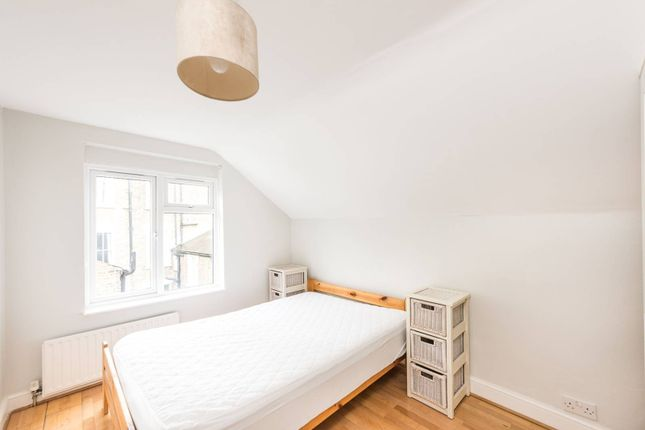 Thumbnail Flat to rent in Meadow Place, Vauxhall