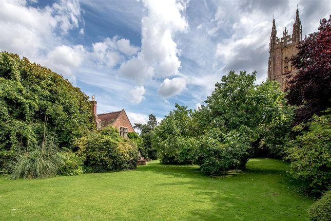 Image07 of Church Square, Taunton TA1