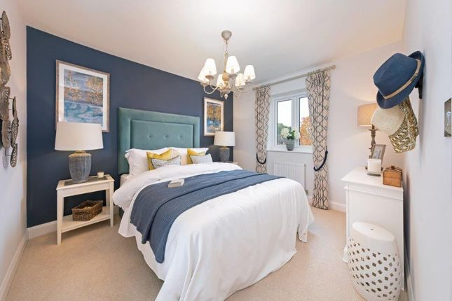 2 bedroom flat for sale in Ipsley Street, Redditch