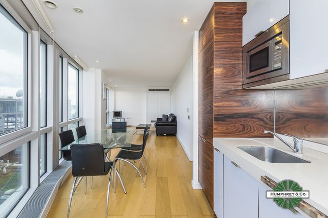 Thumbnail Flat for sale in Ontario Tower, 4 Fairmont Avenue, London