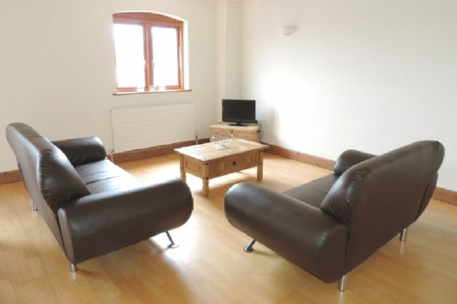 Thumbnail Flat to rent in 9 Victory House, Nelson Quay, Milford Haven