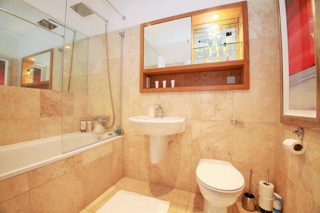 Bathroom of Queens Wharf, Queens Road, Reading, Berkshire RG1