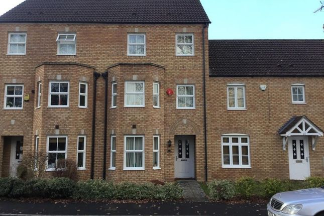 Thumbnail Terraced house for sale in Lillymill Chine, Chineham, Hampshire