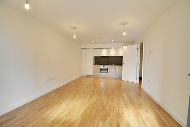 1 bed flat to rent in Baltic Avenue, Brentford