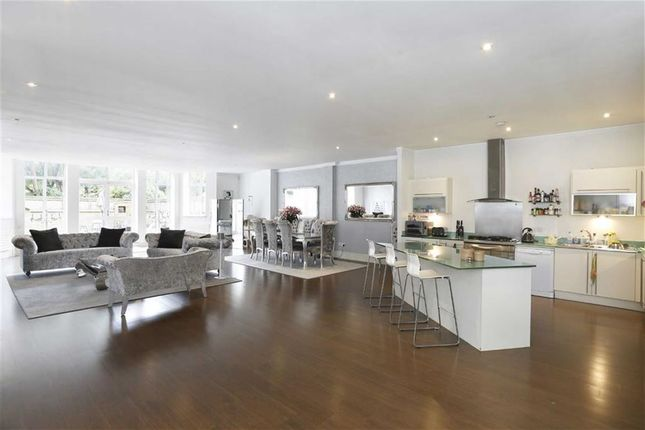 Thumbnail Flat for sale in Percy Laurie House, 215-219 Upper Richmond Road, Putney