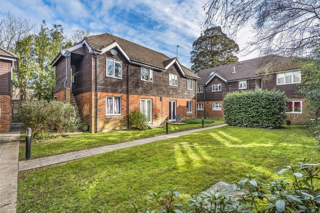 1 bed flat for sale in Westmoreland Court, New Town, Uckfield TN22