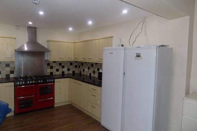 Thumbnail Shared accommodation to rent in Carlton Road, Students House, Salford