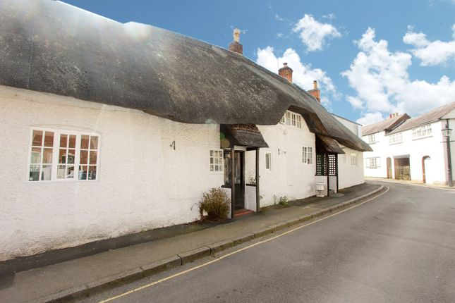 Thumbnail Cottage for sale in Chapel Hill, Groby, Leicester