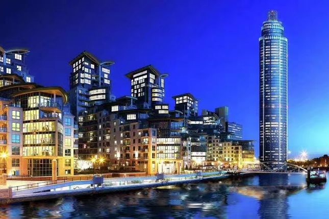 Thumbnail Flat to rent in The Tower, St George Wharf, London