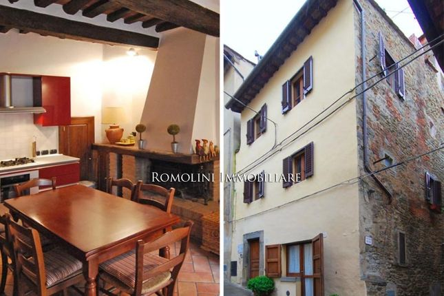 2 bed town house for sale in Cortona, Tuscany, Italy