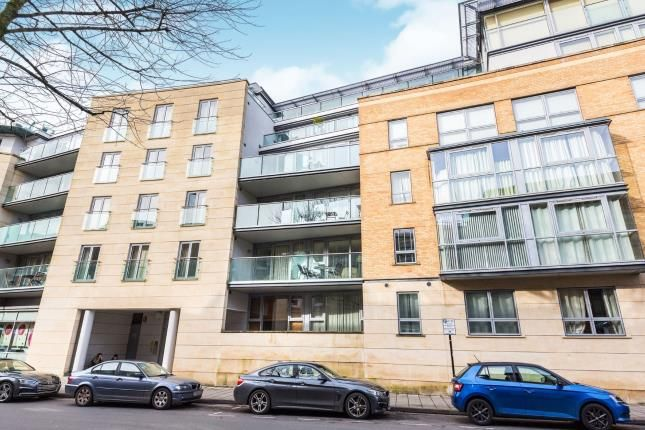 Thumbnail Flat for sale in North Contemporis, 20 Merchants Road, Bristol