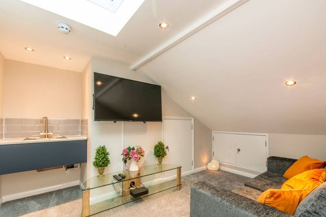 Thumbnail Terraced house to rent in Queens Drive, Stoughton, Guildford