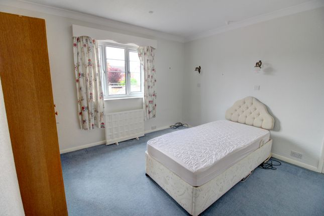 Bedroom One of Alexandra Road, Scunthorpe DN16
