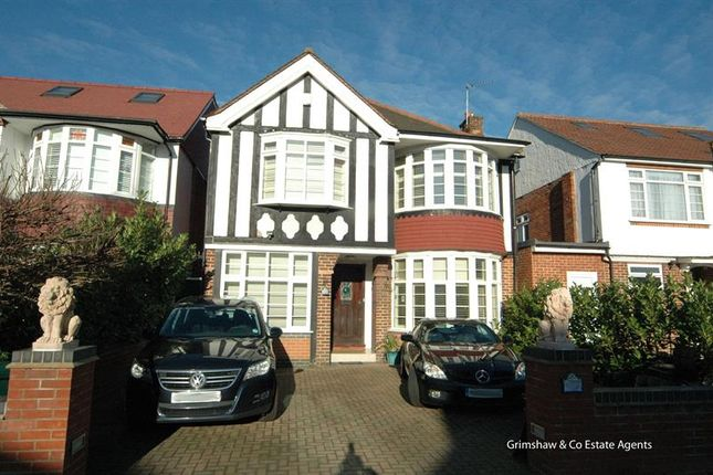 4 bed detached house for sale in Baronsmede, Ealing, London