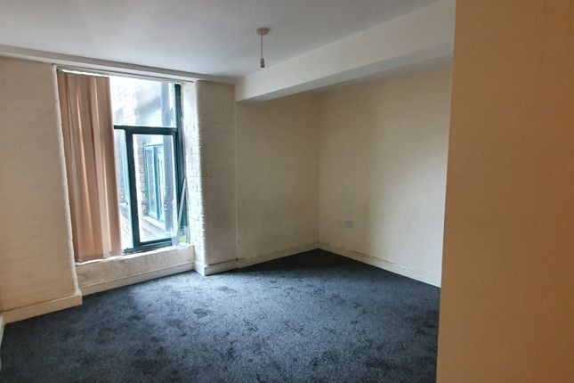 Thumbnail Flat to rent in Equity Chambers, Bradford