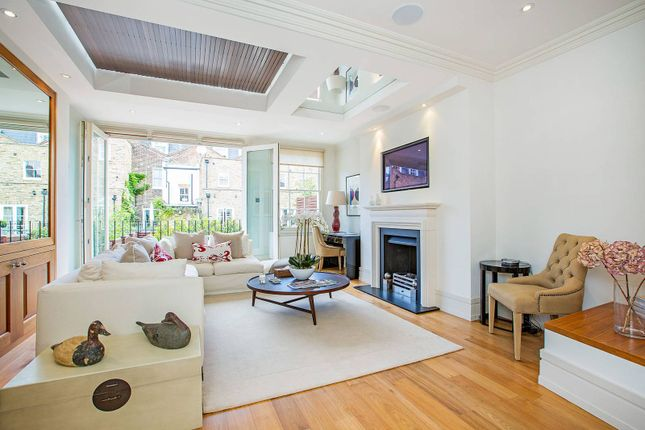 Thumbnail Terraced house to rent in Graham Terrace, Belgravia