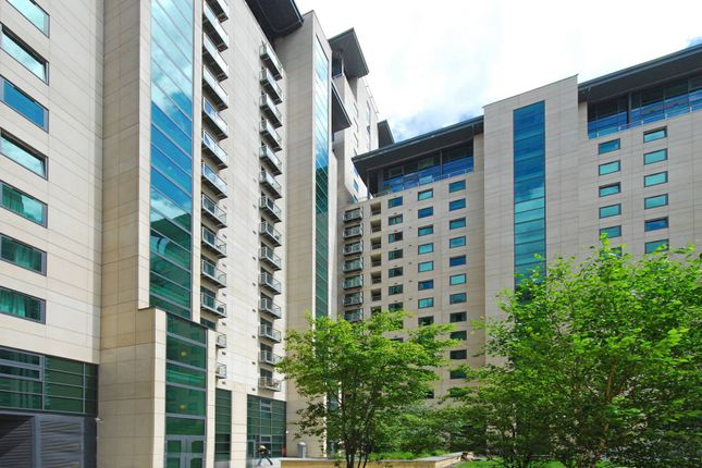 Thumbnail Flat to rent in South Quay Square, Canary Wharf