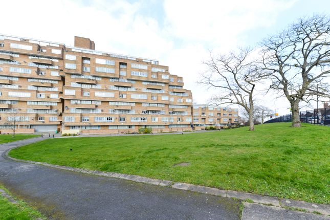 Thumbnail Flat for sale in Ladlands, Overhill Road, East Dulwich