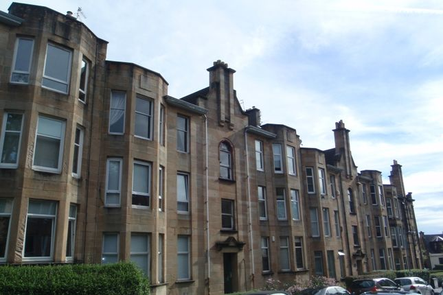Thumbnail Flat to rent in South Park Drive, Paisley