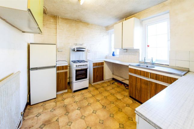 3 bed flat for sale in orange hill road edgware. Black Bedroom Furniture Sets. Home Design Ideas