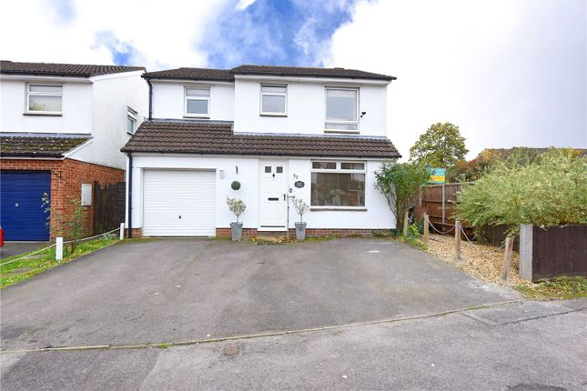Thumbnail Detached house for sale in Ramsdell Close, Tadley, Hampshire