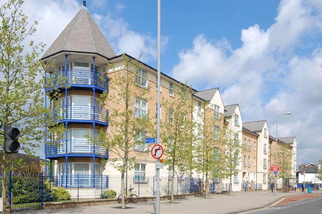 Thumbnail Flat to rent in Richmond Road, Kingston