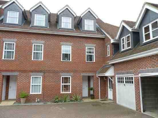 Thumbnail Town house for sale in Howarde Court, Stevenage, Hertfordshire